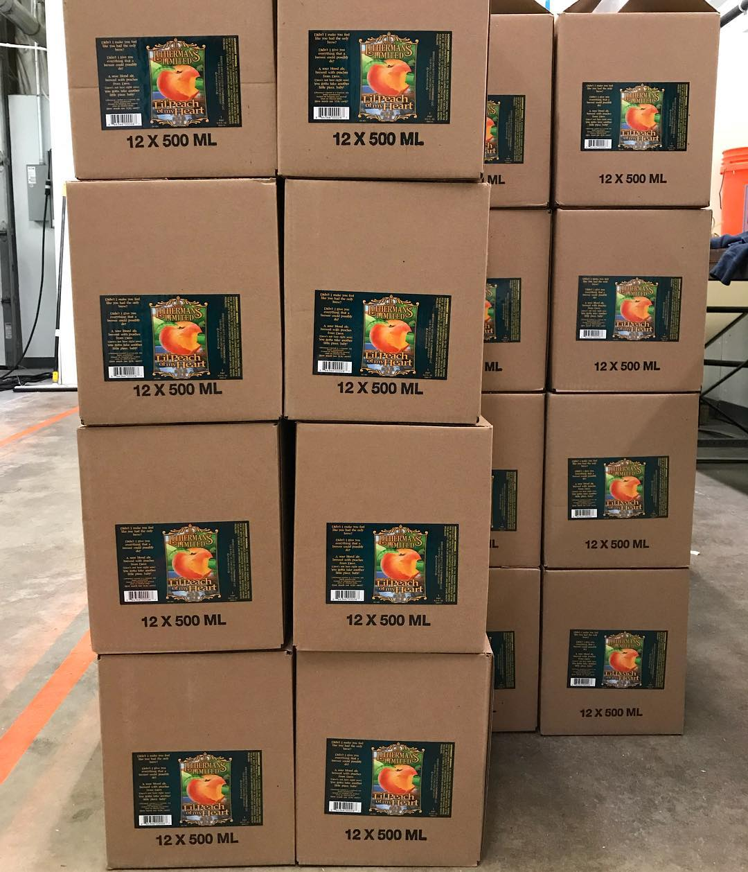 Lil' Peach of My Heart. Available on tap and in bottles just in time for Thanksgiving! On sale starting at noon on Wednesday in the tasting room. #lithermanslimited #concordnh #nhbeer #MHPlikes peaches.